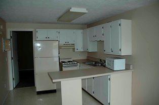 1br-fl kitchen